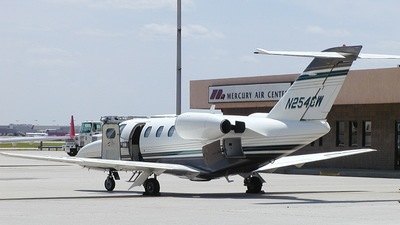 N254CW - Cessna 525 CitationJet 1 - Private