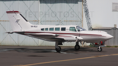 A picture of VHRLX - Cessna 402B - [402B1047] - © Craig Murray