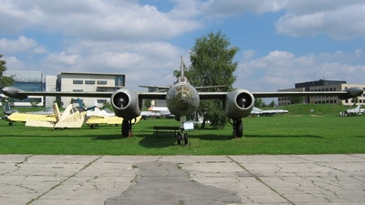 72 - Ilyushin IL-28R Beagle - Poland - Air Force