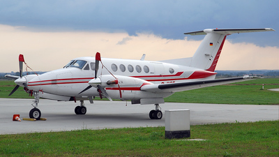 D-IICE - Beechcraft 200 Super King Air - Excellent Air