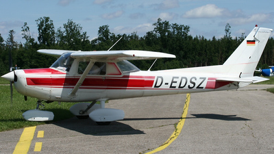 D-EDSZ - Reims-Cessna F152 - Private