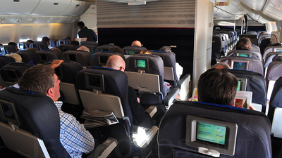 N784UA - Boeing 777-222(ER) - United Airlines