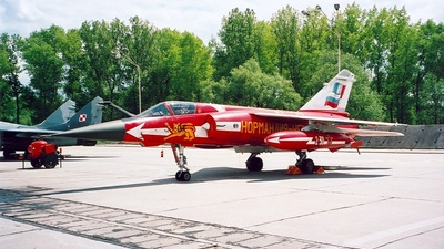 220 - Dassault Mirage F1CT - France - Air Force
