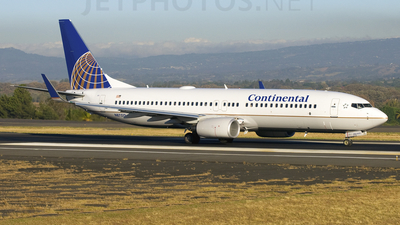 N87512 - Boeing 737-824 - Continental Airlines