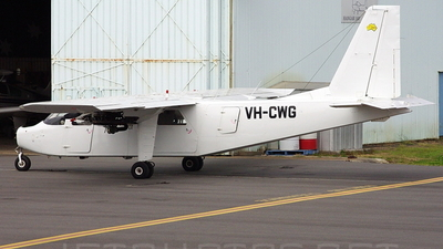A picture of VHCWG - Cirrus SR22 - [4811] - © DaveWilson