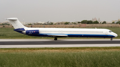 OE-LMI - McDonnell Douglas MD-83 - MAP Executive Flightservice