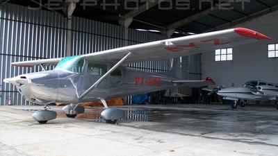 PT-AYZ - Cessna 172 Skyhawk - Private