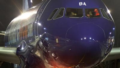 I-WEBA - Airbus A320-214 - Volareweb