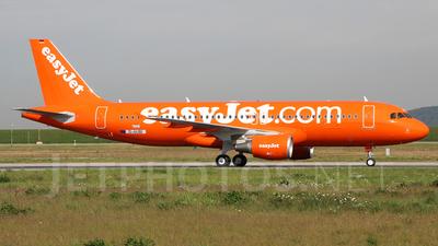 D-AUBI - Airbus A320-214 - easyJet