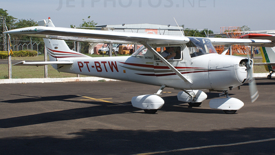 PT-BTW - Cessna 150J - Aero Club - Londrina