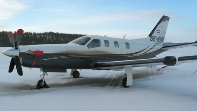 OE-EMS - Socata TBM-700C2 - Private