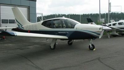 A picture of N882 -  - [] - © Juha Portti
