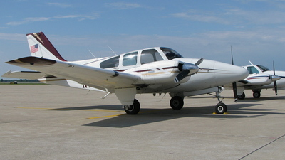 N9313Y - Beechcraft 95-A55 Baron - Private
