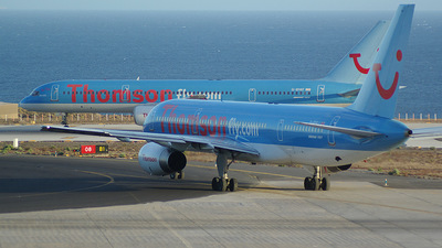 G-BYAJ - Boeing 757-204 - Thomsonfly