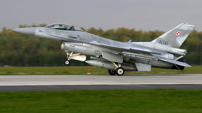 4041 - Lockheed Martin F-16C Fighting Falcon - Poland - Air Force