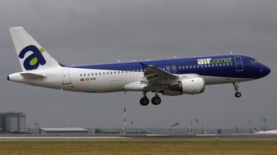 EC-KIK - Airbus A320-211 - Air Comet