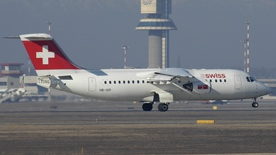 HB-IXP - British Aerospace Avro RJ100 - Swiss