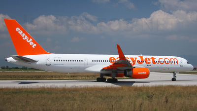 OH-AFI - Boeing 757-2K2 - easyJet (Air Finland)