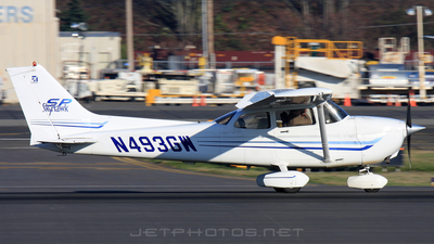 N493GW - Cessna 172S Skyhawk SP - Private