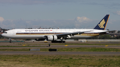 9V-SYF - Boeing 777-312 - Singapore Airlines