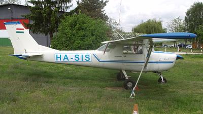HA-SIS - Cessna 150J - Private