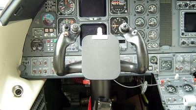 N320CA - Piaggio P-180 Avanti - Piaggio Aero Industries