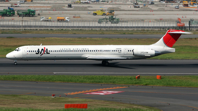 JA8261 - McDonnell Douglas MD-81 - Japan Airlines (JAL)