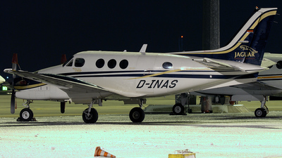 D-INAS - Beechcraft C90B King Air - Private