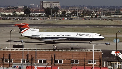 G-AWYZ - Hawker Siddeley HS-121 Trident 3 - British Airways