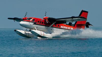 8Q-QBU - De Havilland Canada DHC-6-100 Twin Otter - Maldivian Air Taxi