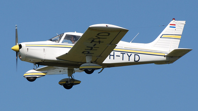 A picture of PHTYD - Piper PA28140 - [287325421] - © Sander van Kan