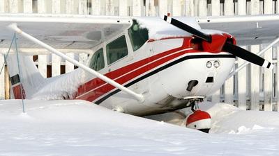TF-SPY - Cessna 172N Skyhawk II - Untitled