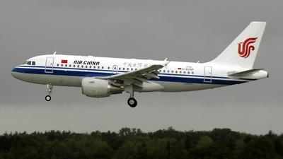 D-AVWF - Airbus A319-115 - Air China