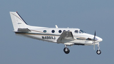 A picture of N488XJ - Beech C90A King Air - [LJ1527] - © Jay Selman - airlinersgallery.com