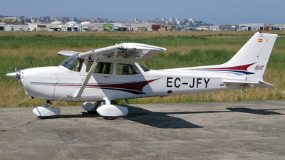 EC-JFY - Cessna 172S Skyhawk SP - Private