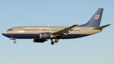 N314UA - Boeing 737-322 - United Airlines