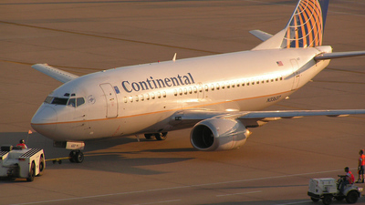N33637 - Boeing 737-524 - Continental Airlines