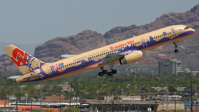 N902AW - Boeing 757-2S7 - America West Airlines