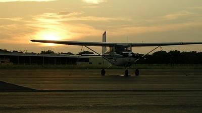A picture of N6435B - Cessna 172 Skyhawk - [29635] - © RyRob