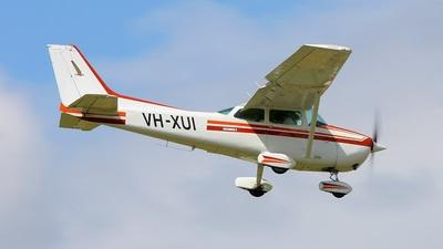 A picture of VHXUI - Cessna 172P Skyhawk - [17274711] - © JB