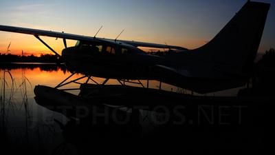 A picture of N7162D - Cessna U206G Stationair - [U20604342] - © Peter Menner