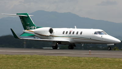 XA-VFV - Bombardier Learjet 40XR - Private