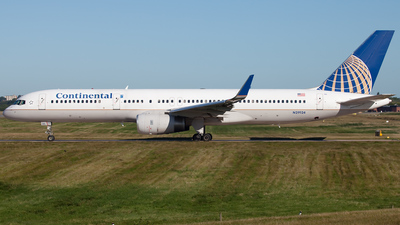 N29124 - Boeing 757-224 - Continental Airlines