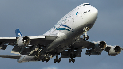 ZK-SUI - Boeing 747-441 - Air New Zealand