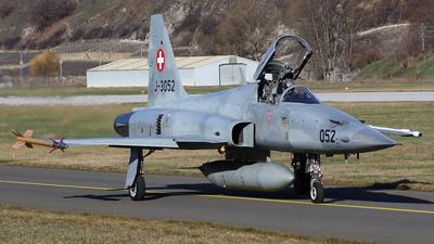 J-3052 - Northrop F-5E Tiger II - Switzerland - Air Force