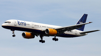 TF-FII - Boeing 757-208 - bmi British Midland (Icelandair)