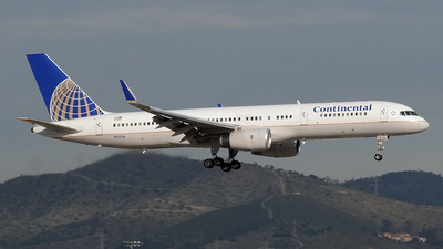 N12116 - Boeing 757-224 - Continental Airlines