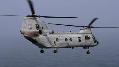 153400 - Boeing Vertol CH-46E Sea Knight - United States - US Marine Corps (USMC)