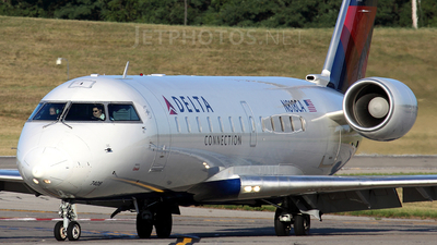 N818CA - Bombardier CRJ-100ER - Delta Connection (Comair)