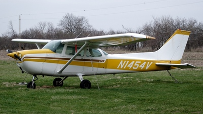 N1454V - Cessna 172M Skyhawk - Private